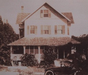 Riddle House in una fotografia del 1920